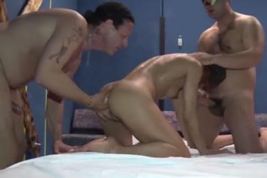 Amatőr gruppenszex pornó